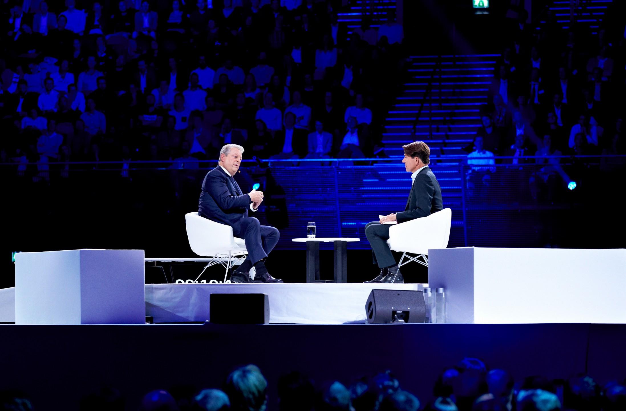 Al Gore in gesprek met Twan Huys