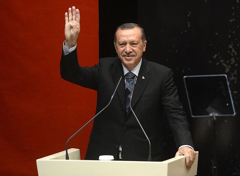 800px-erdogan_gesturing_rabia.jpg