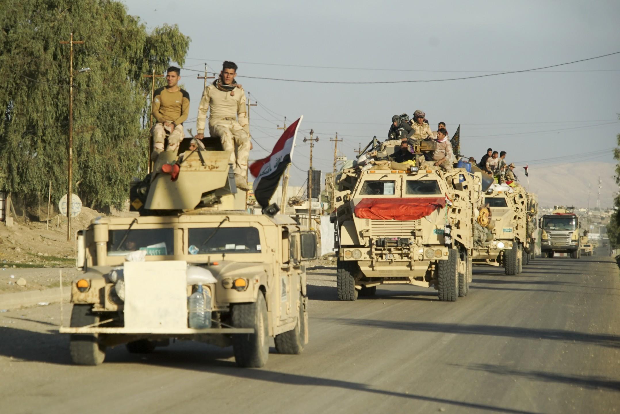 iraqi_army_convoy._mosul_northern_iraq_western_asia._17_november_2016.jpg