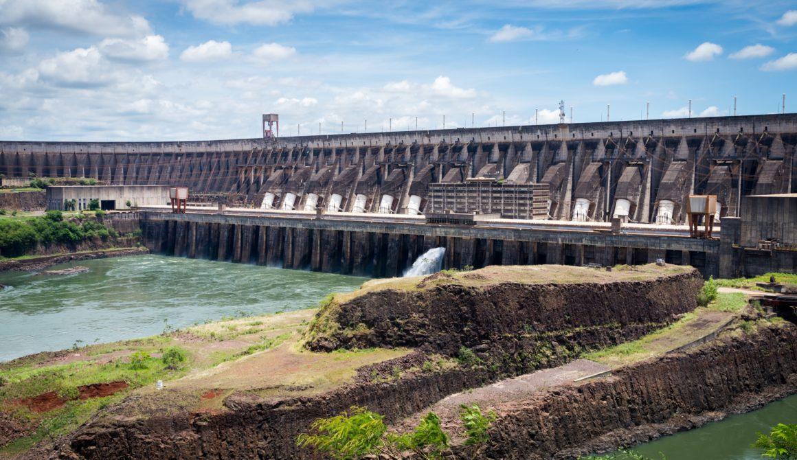 Usina_Hidroelétrica_Itaipu_Binacional_-_Itaipu_Dam_171735533301