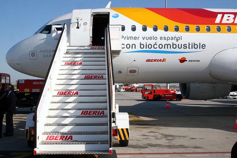 Spaanse luchtvaartmaatschappij Iberia haar eerste vlucht op biobrandstof, 2011.