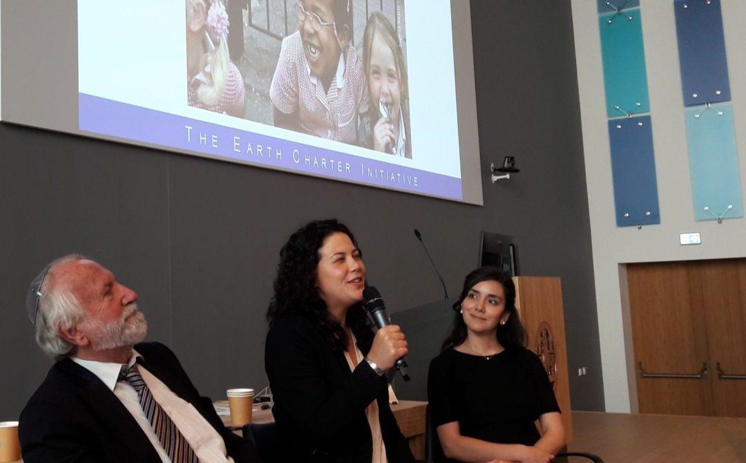 Severn Cullis-Suzuki tijdens de Global Citizens MeetUp, Den Haag