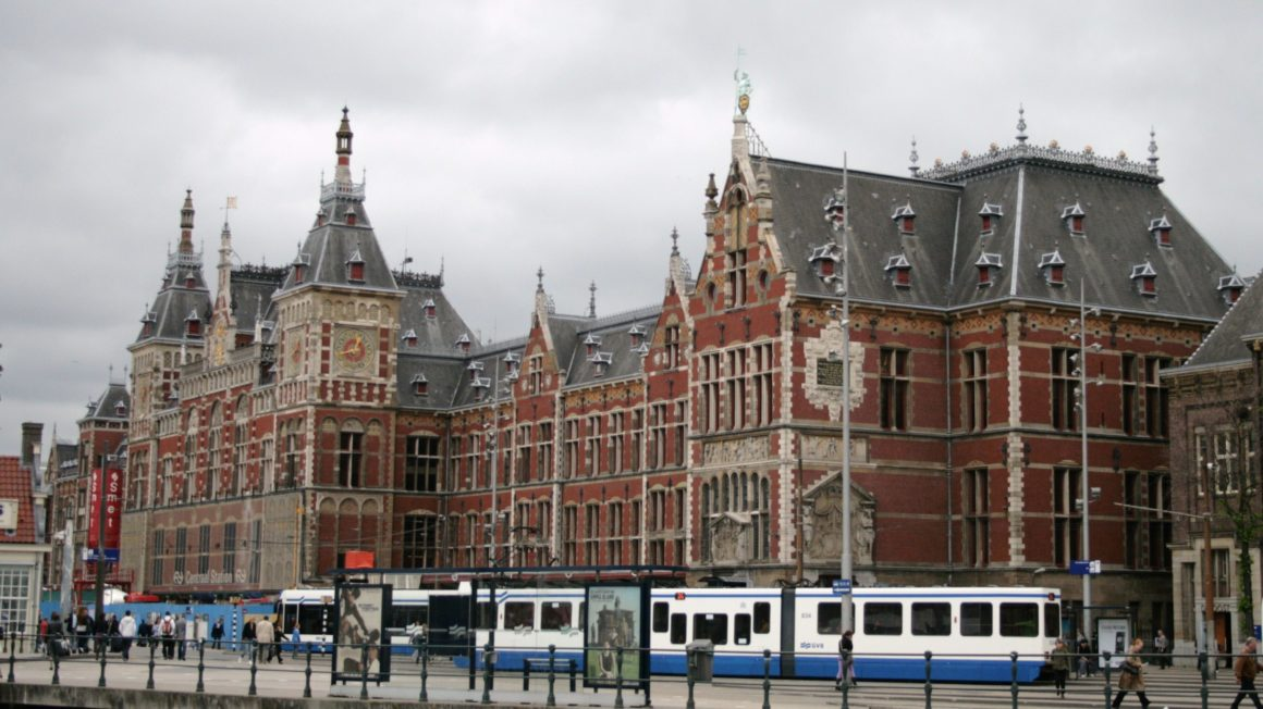 Amsterdam_centraal_station