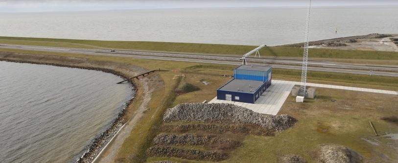De-proefinstallatie-van-REDStack-op-de-Afsluitdijk-waar-zoet-en-zout-water-bijeenkomen-OPTIE-2