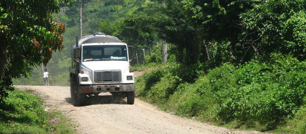 Vrachtwagen-onderweg-e1518515764416-1024×4481.jpg