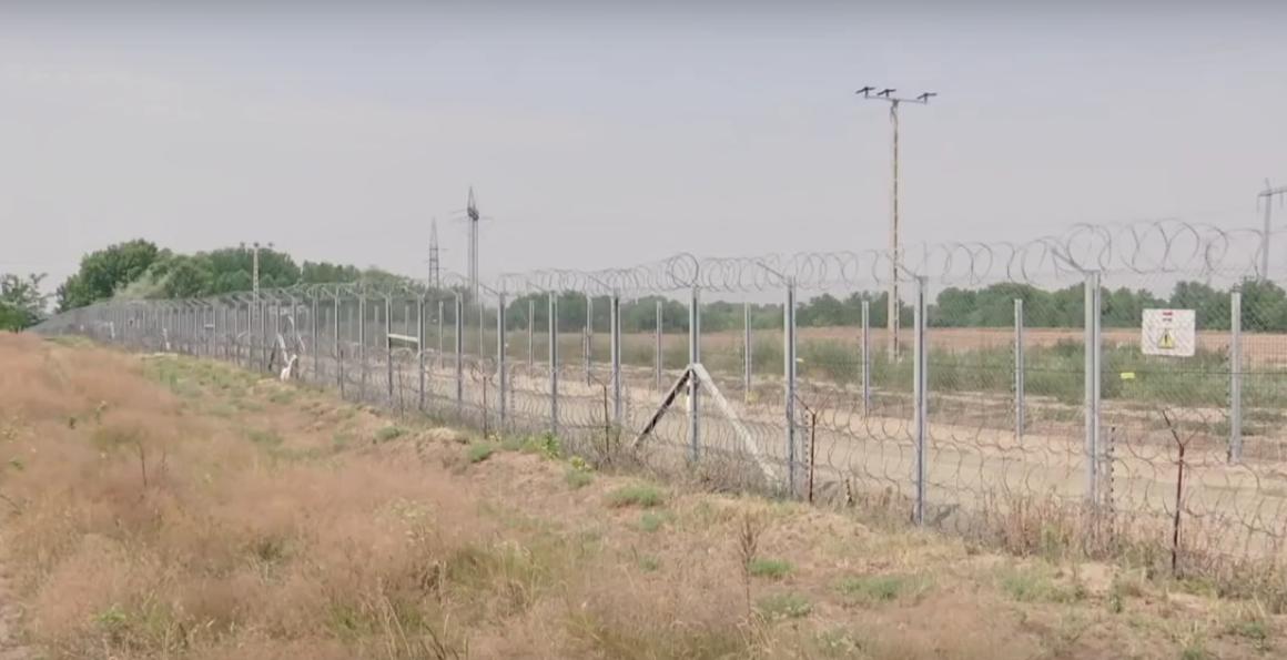 Hungary-border-1