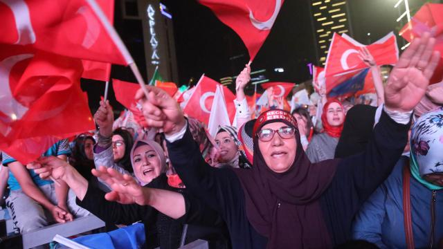 erdogan-wint-presidentsverkiezingen-turkije-met-meerderheid
