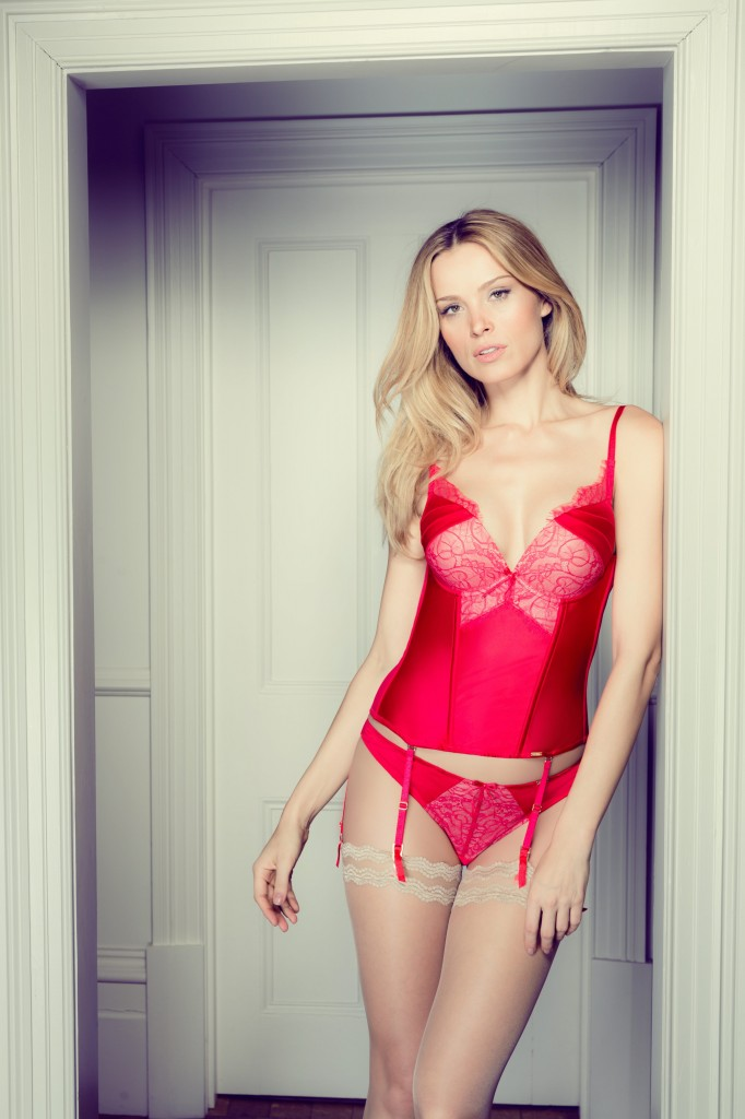 Ultimo Vivian Basque £55.00, £20.00
