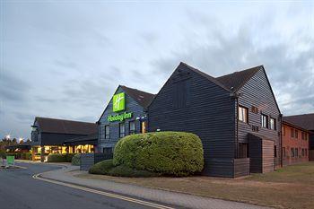 Exterior - Holiday Inn Cambridge