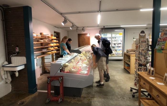 De boerderijwinkel van De Eerste in Marknesse