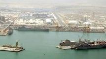 منطقة ميناء الشعيبة في مدينة الأحمدي
