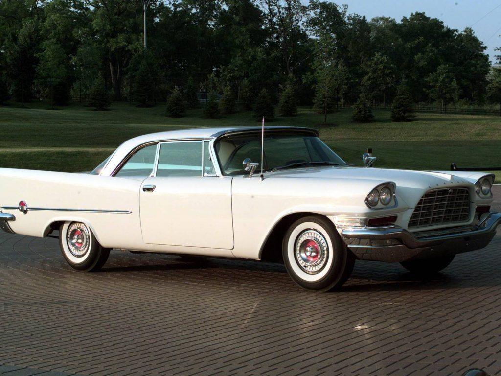 كرايسلر 300C 1957