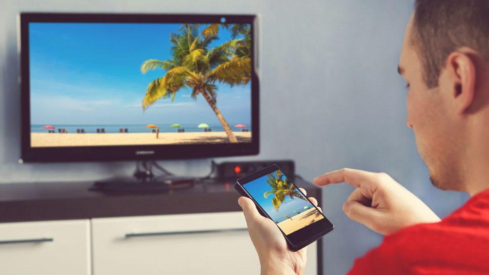 طرق عرض شاشة الجوال على التلفزيون lg