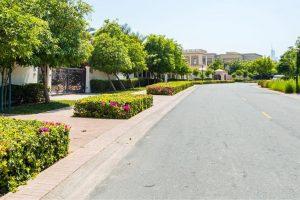 مجمع منازل مونتجمري في منطقة تلال الإمارات