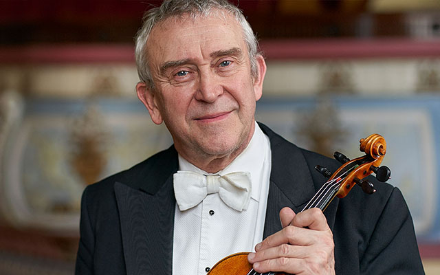 Image of Violinist, David Greed