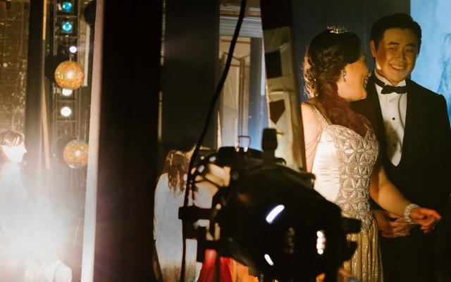 A backstage shot of Opera North's production of La traviata