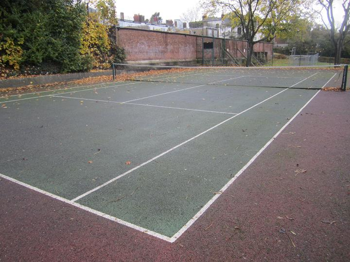 The Hillside Gardens Tennis Courts are sheltered and quiet