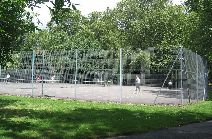 The Lincoln Inn Fields Tennis Courts are in Central London where space is at a premium