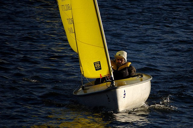 London sailing clubs can be found via OpenPlay.co.uk which makes it easier to find and book sports facilities