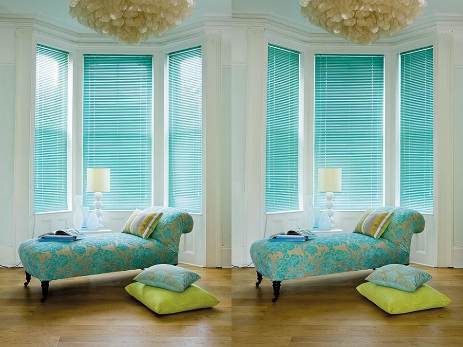 Gloss Blue Aluminium Venetian Blind