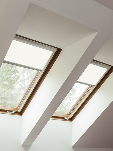 Classic White Blackout Skylight Blind To Fit Dakstra Windows