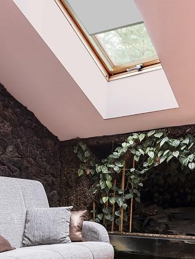 Classic Alaskan Husky Blackout Skylight Blind To Fit Dakstra Windows