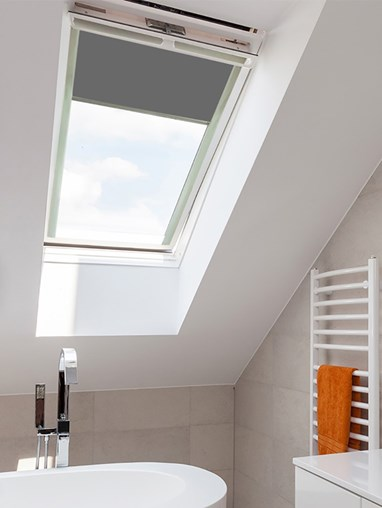 Classic Iron Mountain Blackout Skylight Blind For Fakro Windows