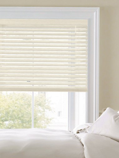 Woodgrain Whitewash 50mm Faux Wood Venetian Blind