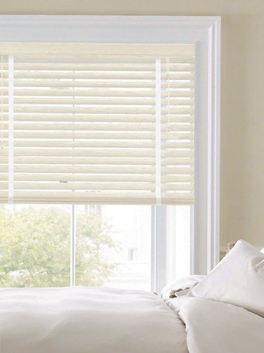 Woodgrain Whitewash 50mm Faux Wood Venetian Blind With Tapes