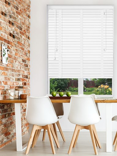 True White Sherwood Premium Venetian Blind With Tapes
