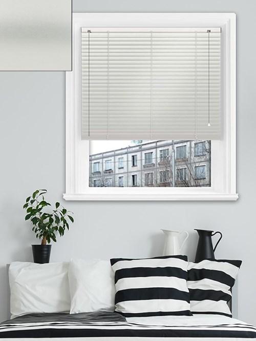 Simplicity Silver Aluminium Venetian Blind