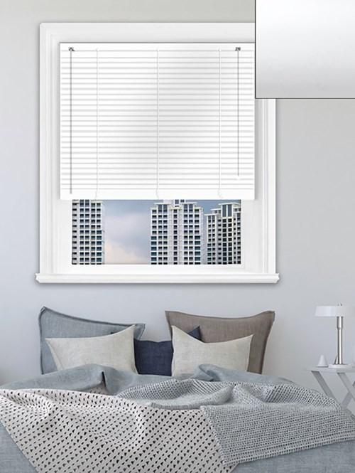 Simplicity White Aluminium Venetian Blind