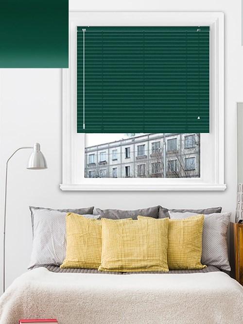 Matte Forest Green 25mm Aluminium Venetian Blind