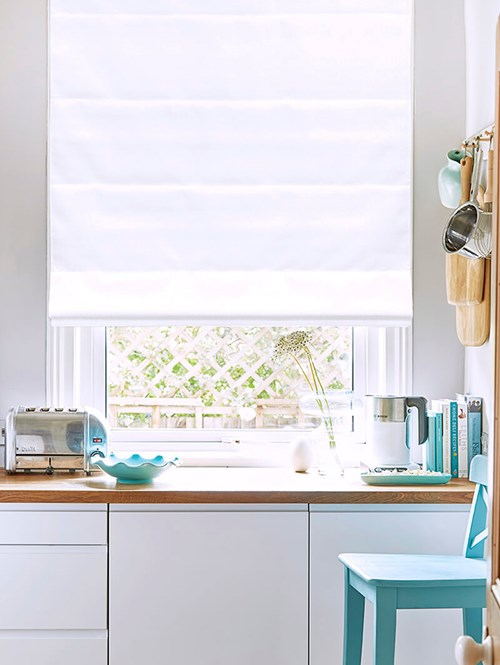 Smooth White Electric Roman Blind