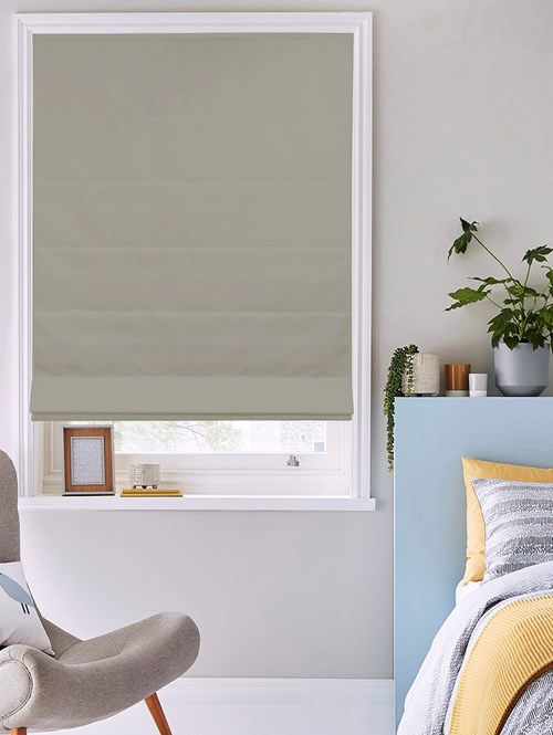 Wishing Well Electric Roman Blind