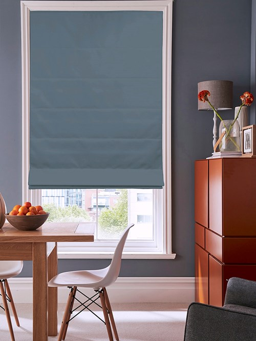 Yacht Club Electric Roman Blind
