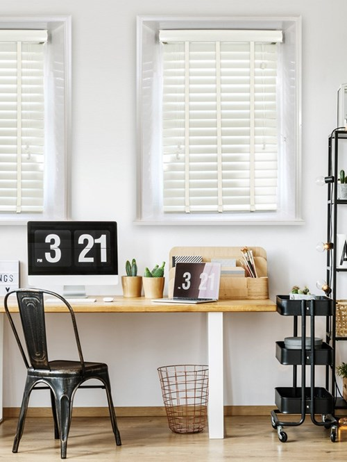 High Gloss Ivory 50mm Faux Wood Venetian Blind With Tapes