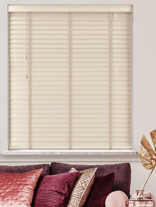 Cloudy Real Wood Venetian Blind With Mist Tapes