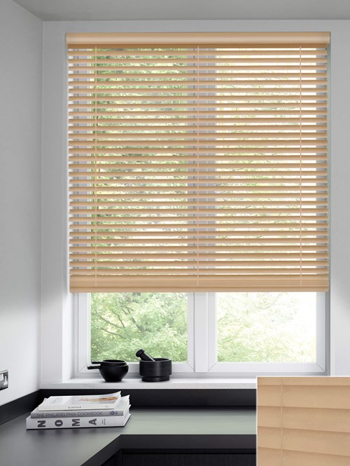 Sanderson 50mm Wooden Electric Venetian Blind