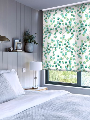 Climbers Aqua Daylight Electric Roller Blind