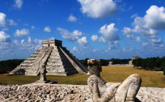 Picture of Mayan ruins Yucatan Peninsula