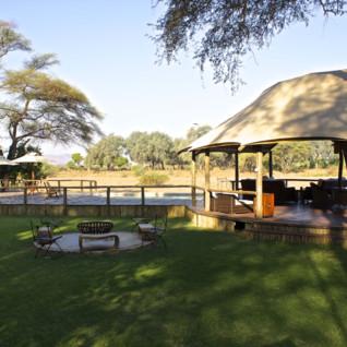 Anabezi River Lodge