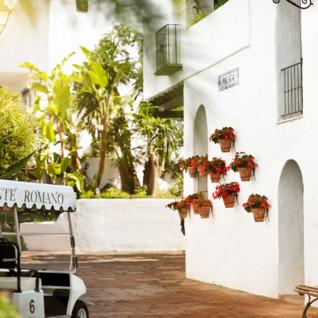 Hotel Puente Romano, luxury hotel in Andalucia, Spain