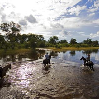 horse_riding_safari_botswana