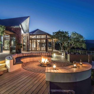 Outdoor Deck and Fire Pit, Settler's Drift