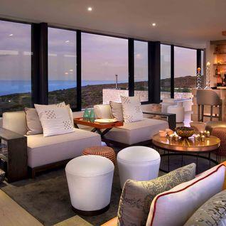 Morukuru_Ocean_House_upstairs_bar_and_lounge