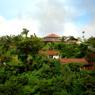 Villa Blanca Cloud Forest Hotel
