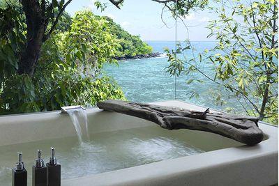 Song Saa bath tub overlooking the sea