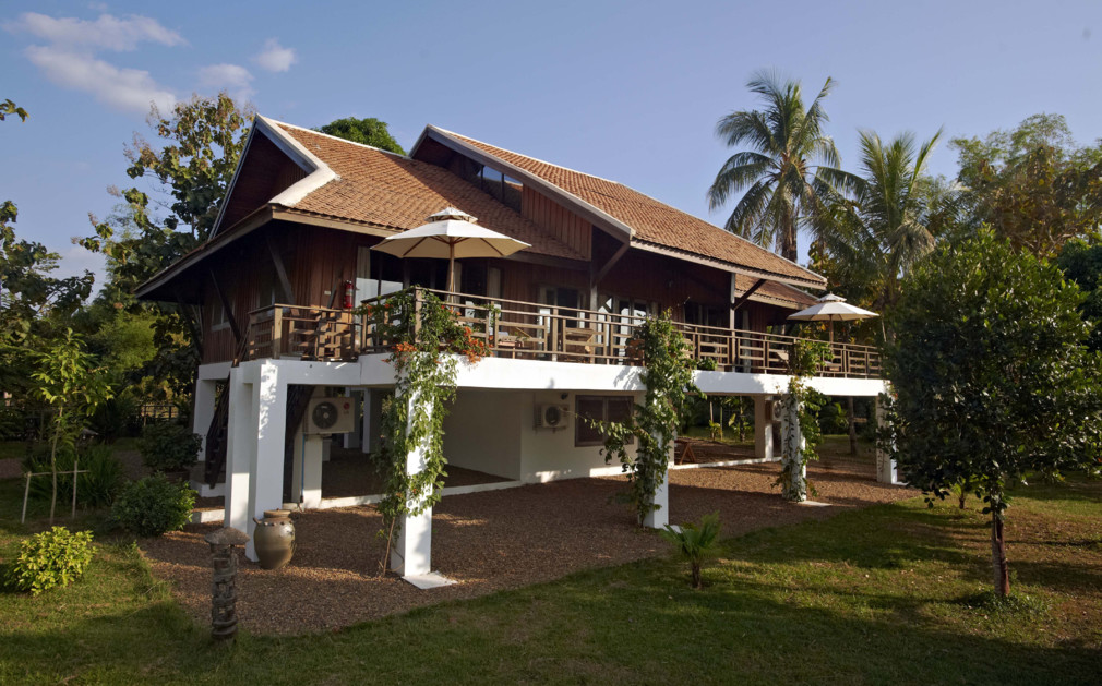 La folie lodge luxury hotel laos original travel for Luxury hotels in laos