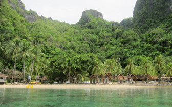 Picture of the Beach at El Nido Miniloc Island Resort